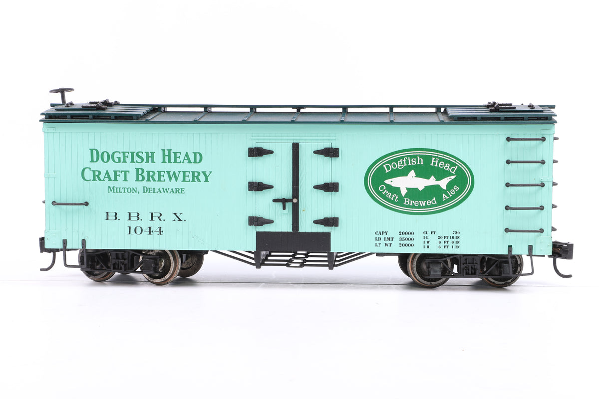 Bachmann Big Hauler G Scale 98692 'L' Freight Cars - Billboard Reefer Dogfish Head Craft Brewery
