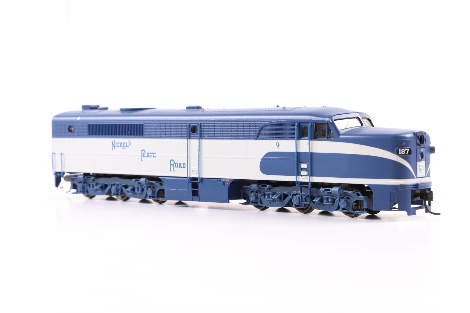 Proto 2000 Series HO 21664 Nickel Plate Road #187 w/Mars Light DCC Fitted