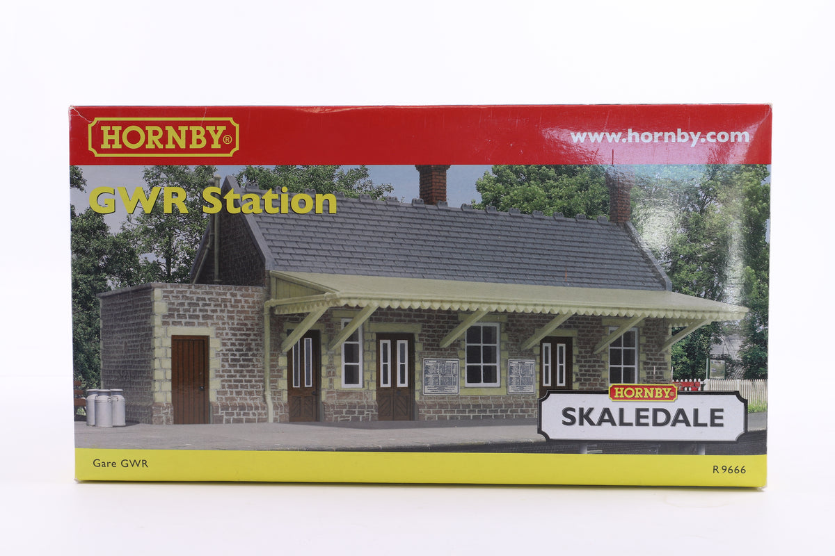 Hornby OO R9666 GWR Station Building