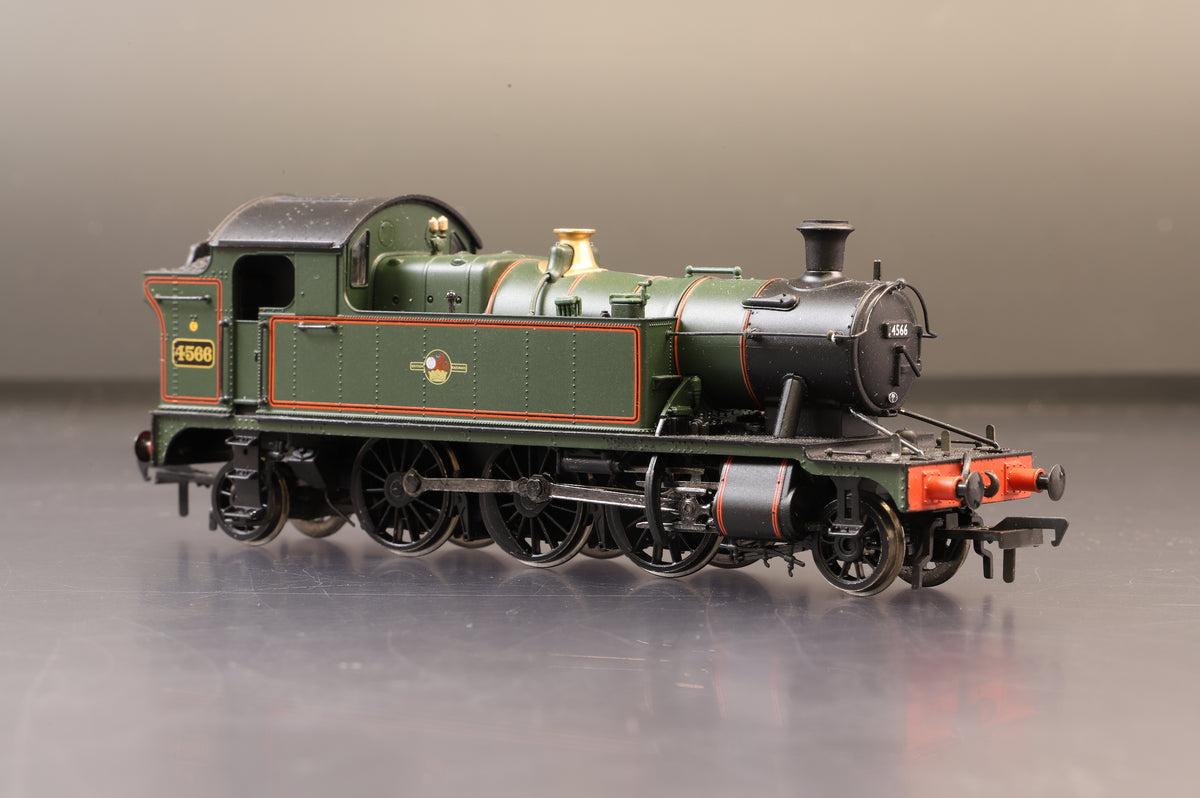 Bachmann OO 32-125 45XX Tank 4566 BR Lined Green L/Crest