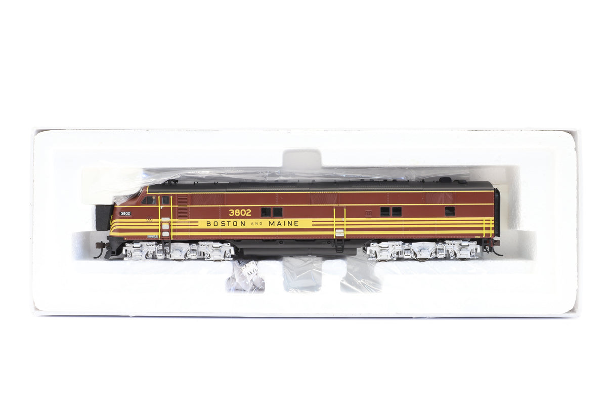 Broadway Limited HO 2374 EMD E7A, B&M #3802, DCC Sound