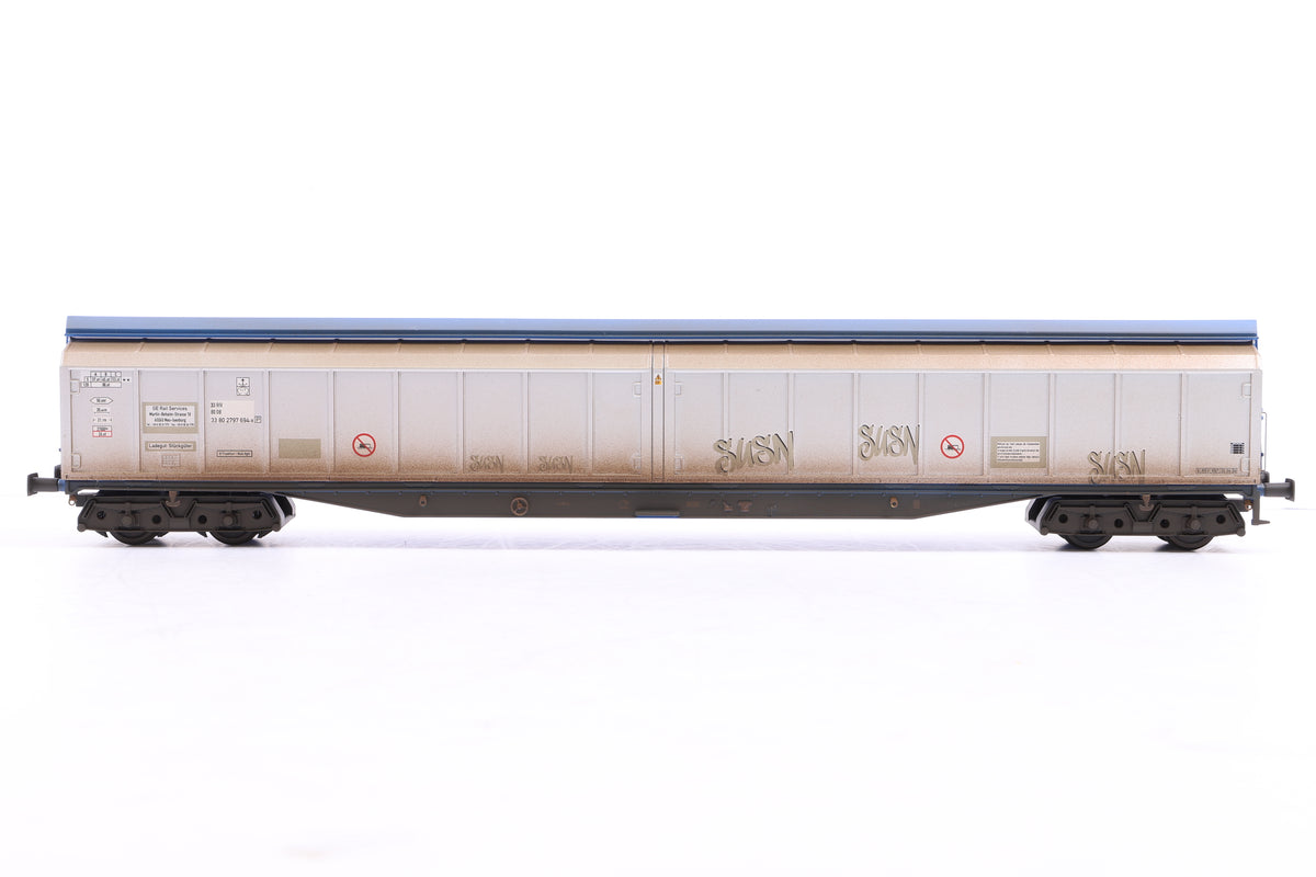 Heljan OO 2 x 5019 Cargowaggon 2797-694 plain silver and blue w/graffiti, Weathered