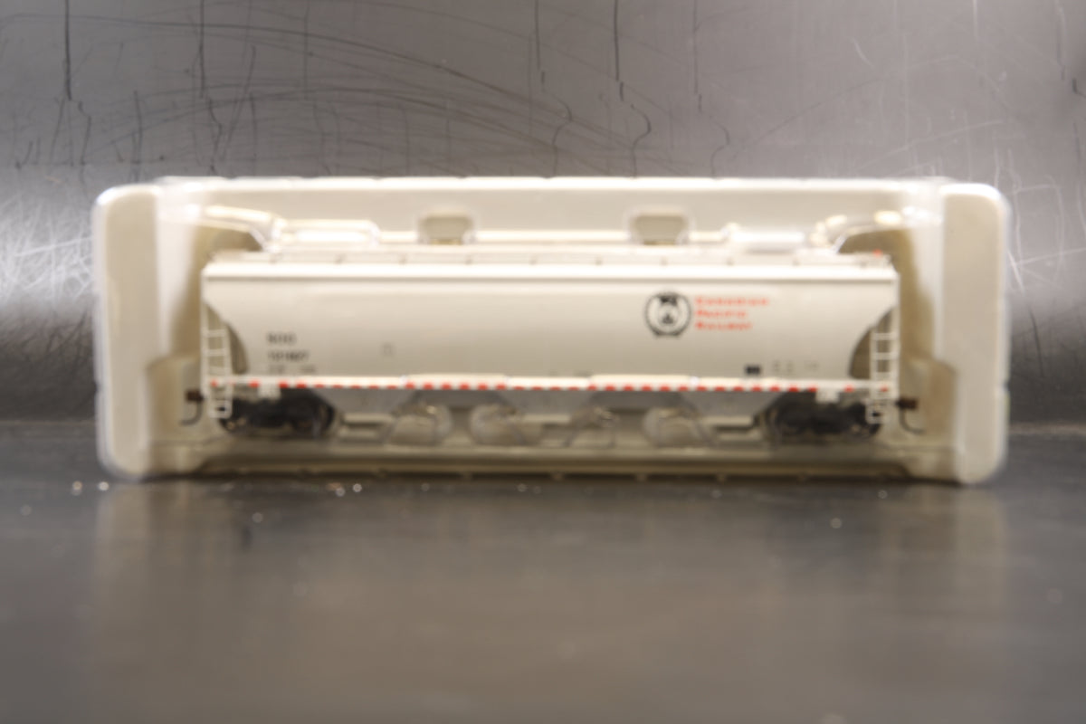 Roco HO Rake of 3 CP/SOO Trinity 5161 cu. ft. Covered Hopper-10 Course, Inc. 89411, 412 & 413.