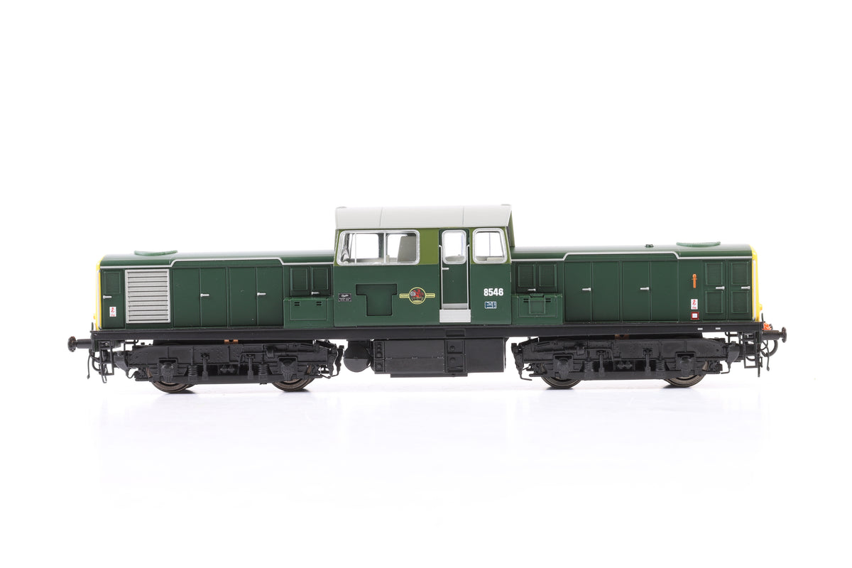Heljan OO 1722 BR Green 8546 with full yellow ends