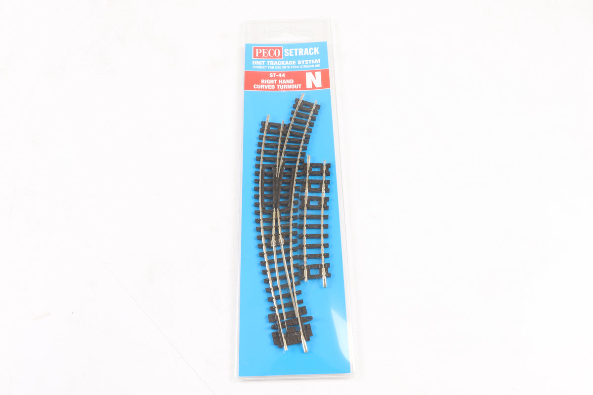 Peco N Gauge ST-44 Right Hand Curved Turnout