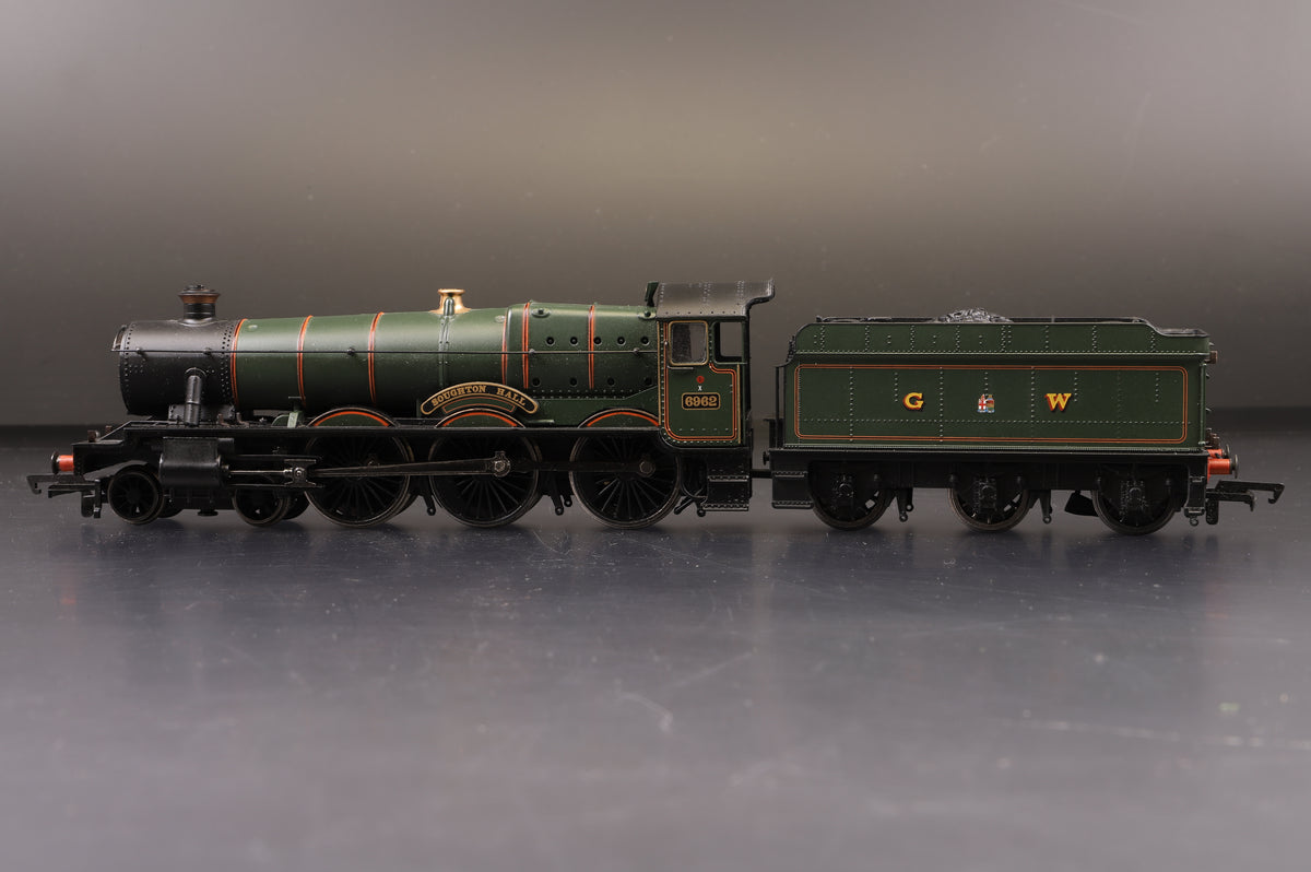 Bachmann OO Hall Class Soughton Hall 6962 GWR Lined Green