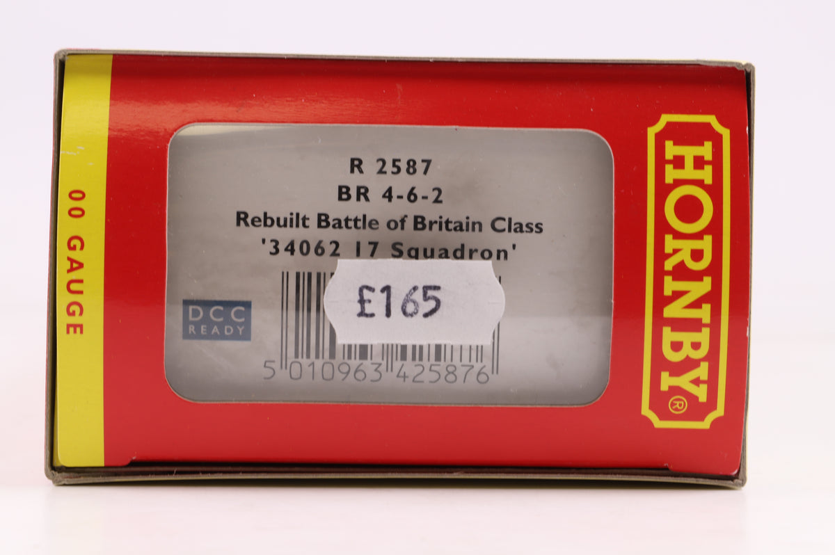 Hornby OO R 2587 BR 4-6-2 Rebuilt Battle of Britain Class '34062 17 Squadron'