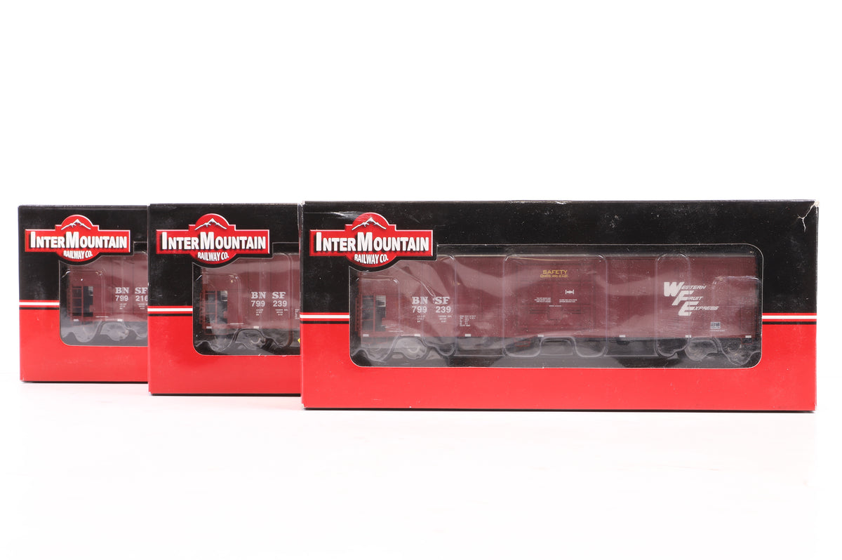 InterMountian HO Rake of 3 ARMN R-70-20 Refrigerator Cars Incl. 48811-02 & 05x2