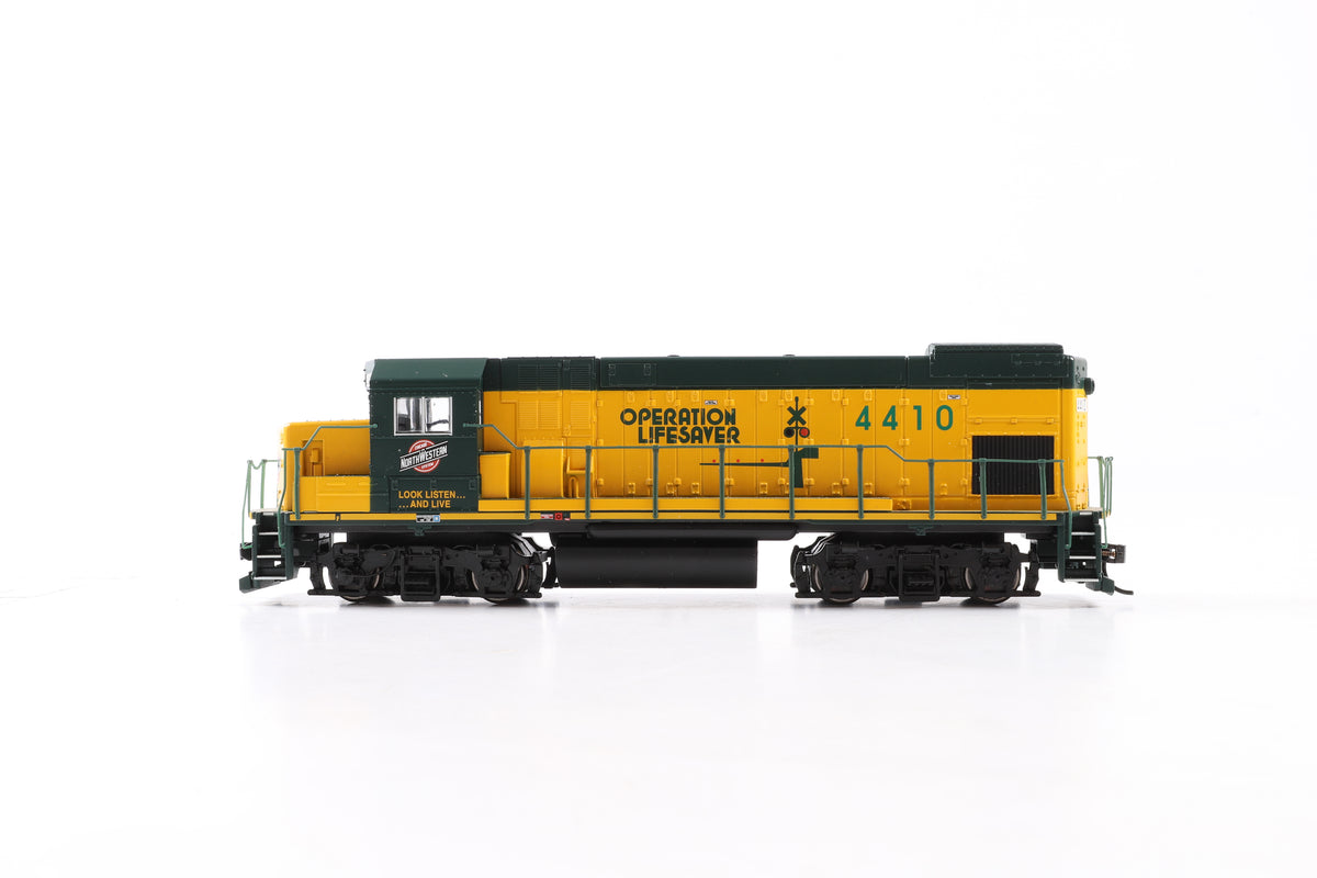 Walthers HO 910-19408 EMD GP-15 Locomotive Chicago & North Western #4410, DCC Sound