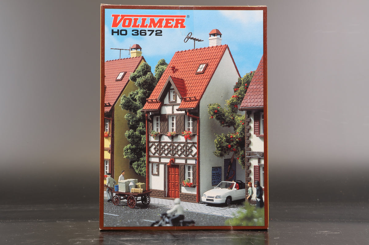 Vollmer HO 3672 Timber Frame House Bahnhofstrasse