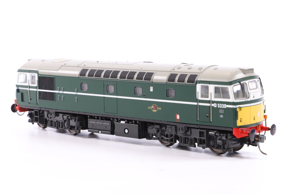 Heljan OO 2608 Class 26/1 D5339 BR Green w/small yellow panels
