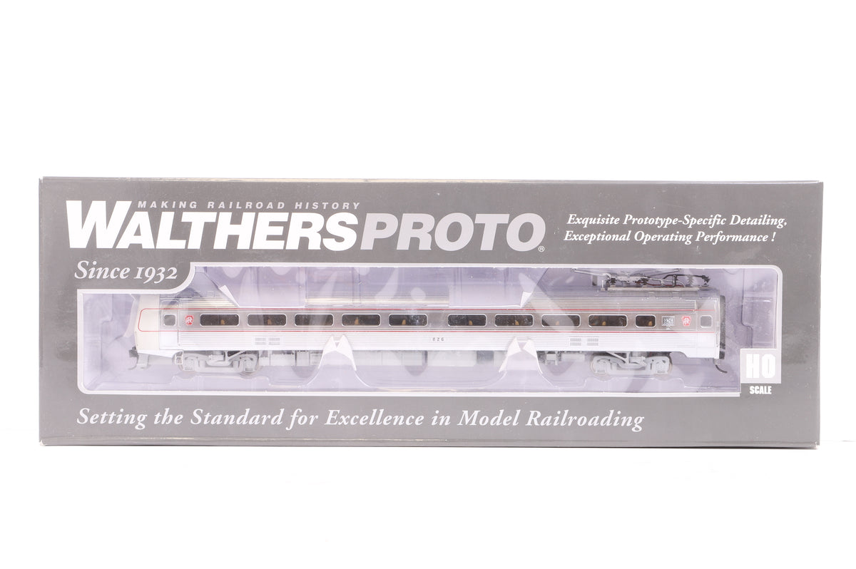 Walthers HO 920-14859 85' Budd Metroliner Coach Pennsylvania #826 (Deluxe Edition), DCC Sound