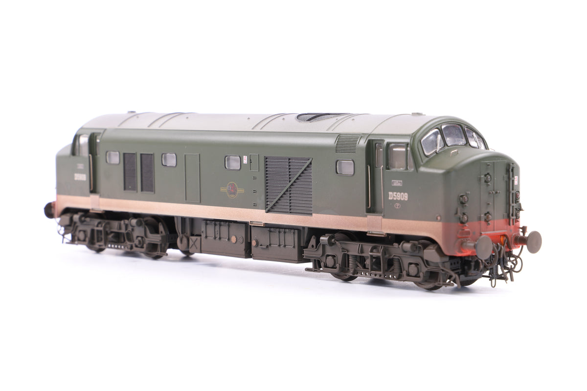Heljan OO 2323 Class 23 Baby Deltic, Early Version - D5909 Green no frost grilles, Weathered, DCC Fitted