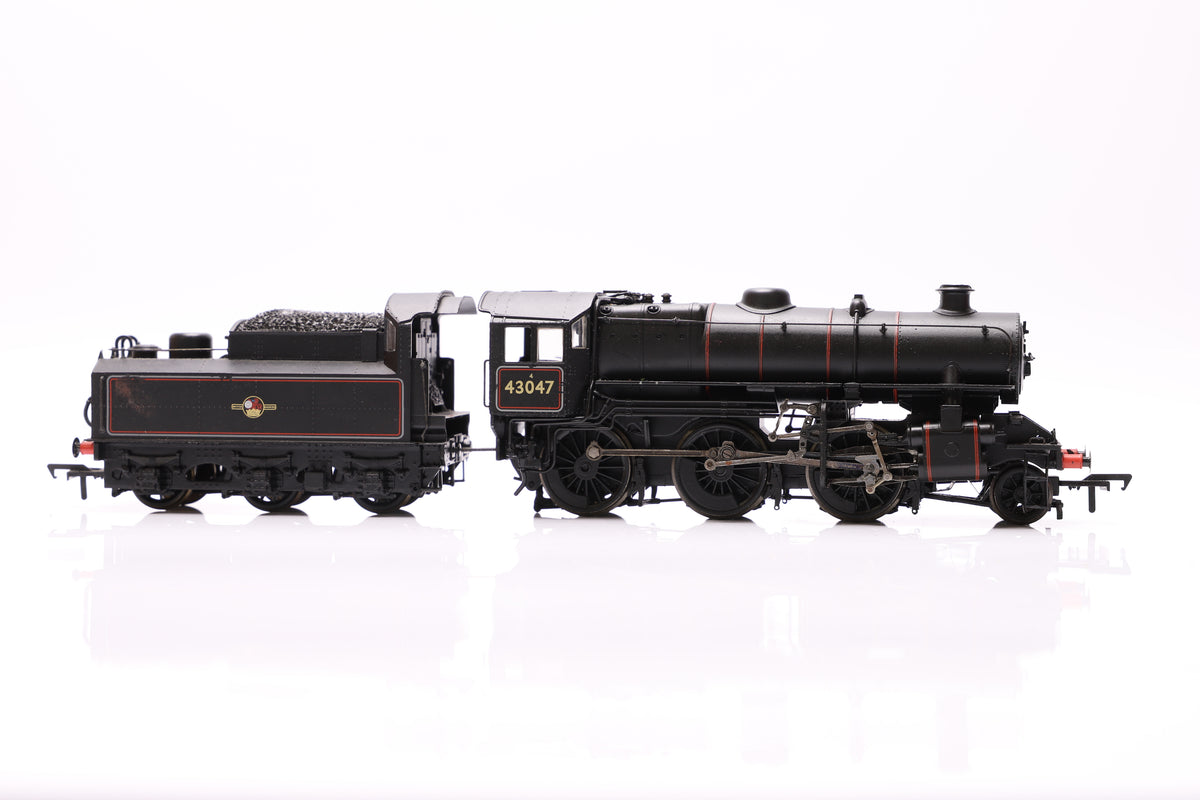 Bachmann OO Ivatt Class 4 43047 BR Lined Black Late Crest