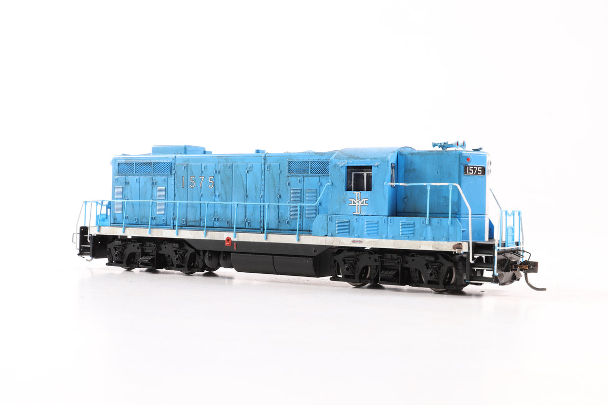 Bachmann HO 65605 EMD GP7 Loco, Boston and Maine #1575 - McGinnis Blue/Black, DCC Sound & Weathered