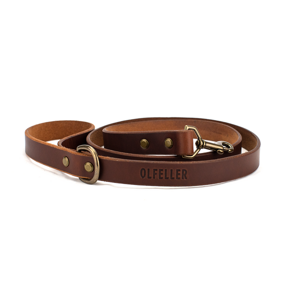 The Classic Leather Dog Leash Walnut