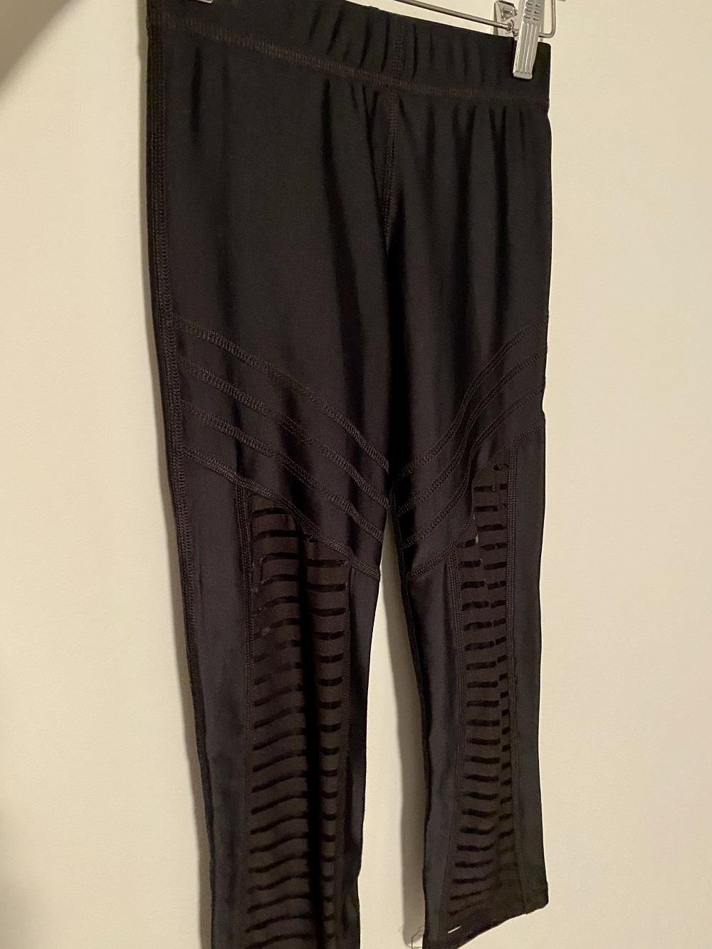 Terez Black Crop Legging