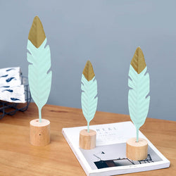 Feather Table Accessory
