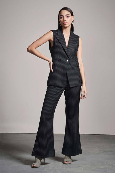 BLACK & WHITE PANTSUIT - MellowDrama