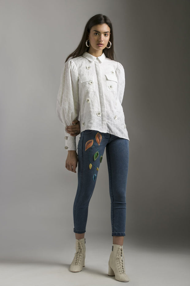DENIM JEANS WITH EMBELLISHMENT - MellowDrama