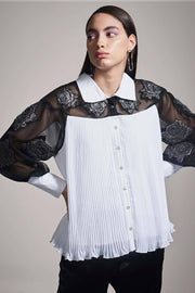 PLEATED SHIRT WITH FLORAL APPLIQUÉ - MellowDrama