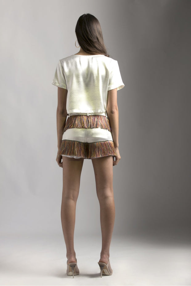 WHITE SHORTS WITH FRINGES - MellowDrama