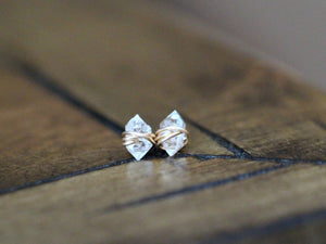 Simple Elegance : Wire Wrapped Crystal Studs