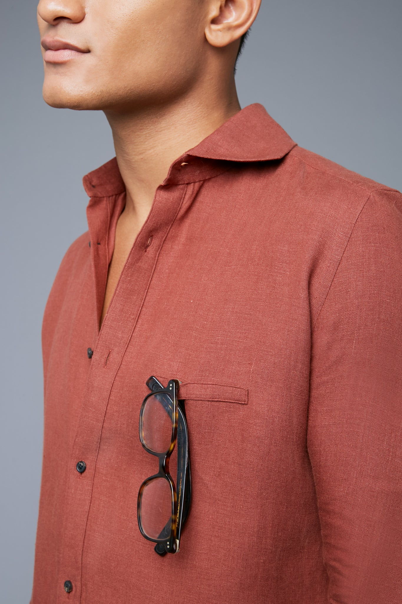 Detail View: Model Tre Boutilier wearing Linen Greenwhich Shirt