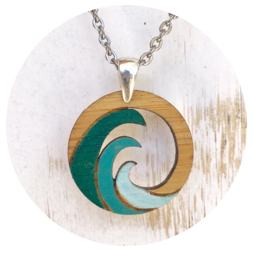Baja Wave Necklace Green