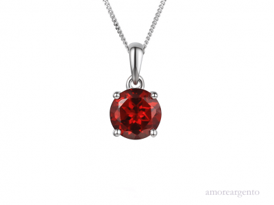 Silver Classic Garnet Necklace