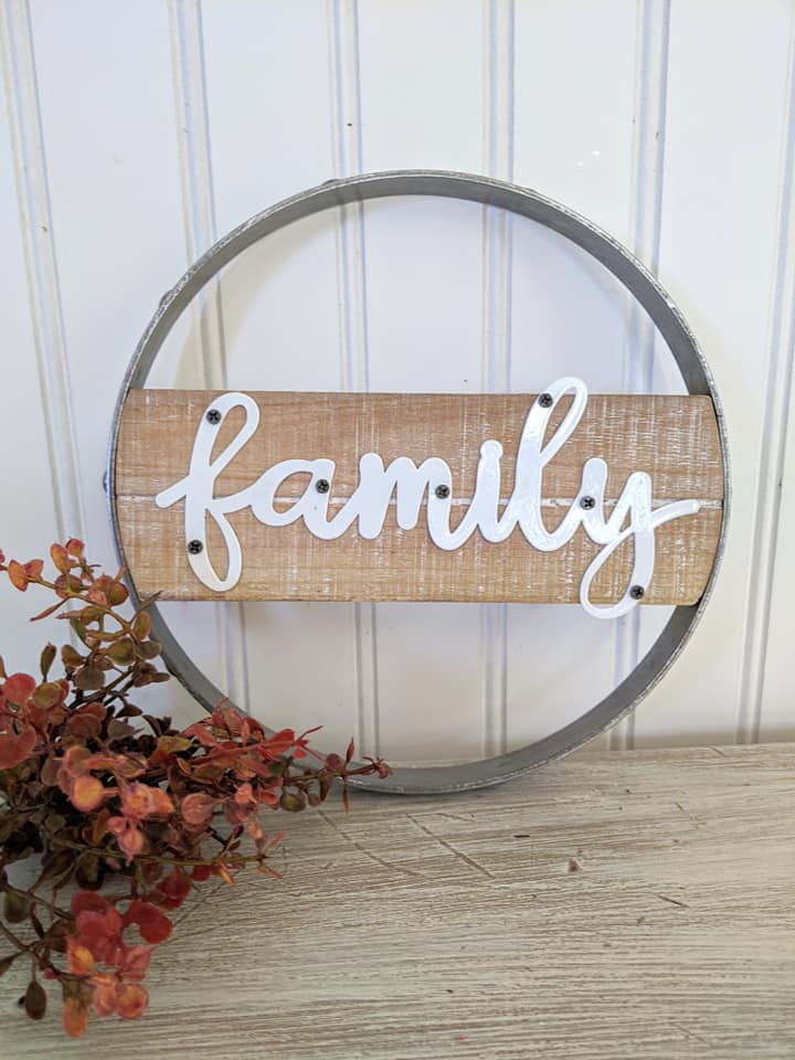 Family Round Sign