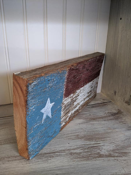 USA Primitive Flag Barn Wood Sign