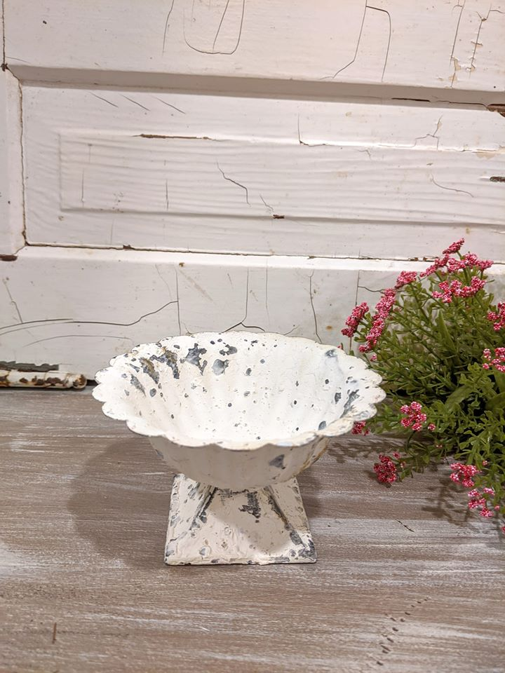 White Scalloped Edge Dish