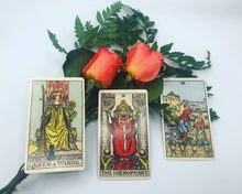 Load image into Gallery viewer, New relationship love tarot spread. A preview of this online tarot reading with three cards and fresh roses.