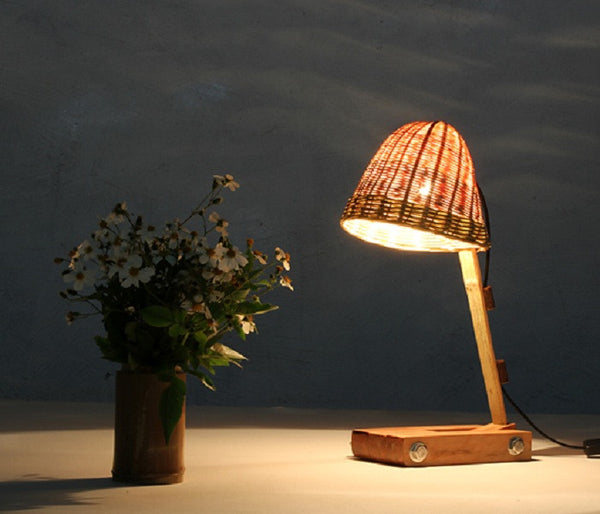 Bamboo Adjustable lamp 竹木可調節檯燈 - YannyExpress  - 1