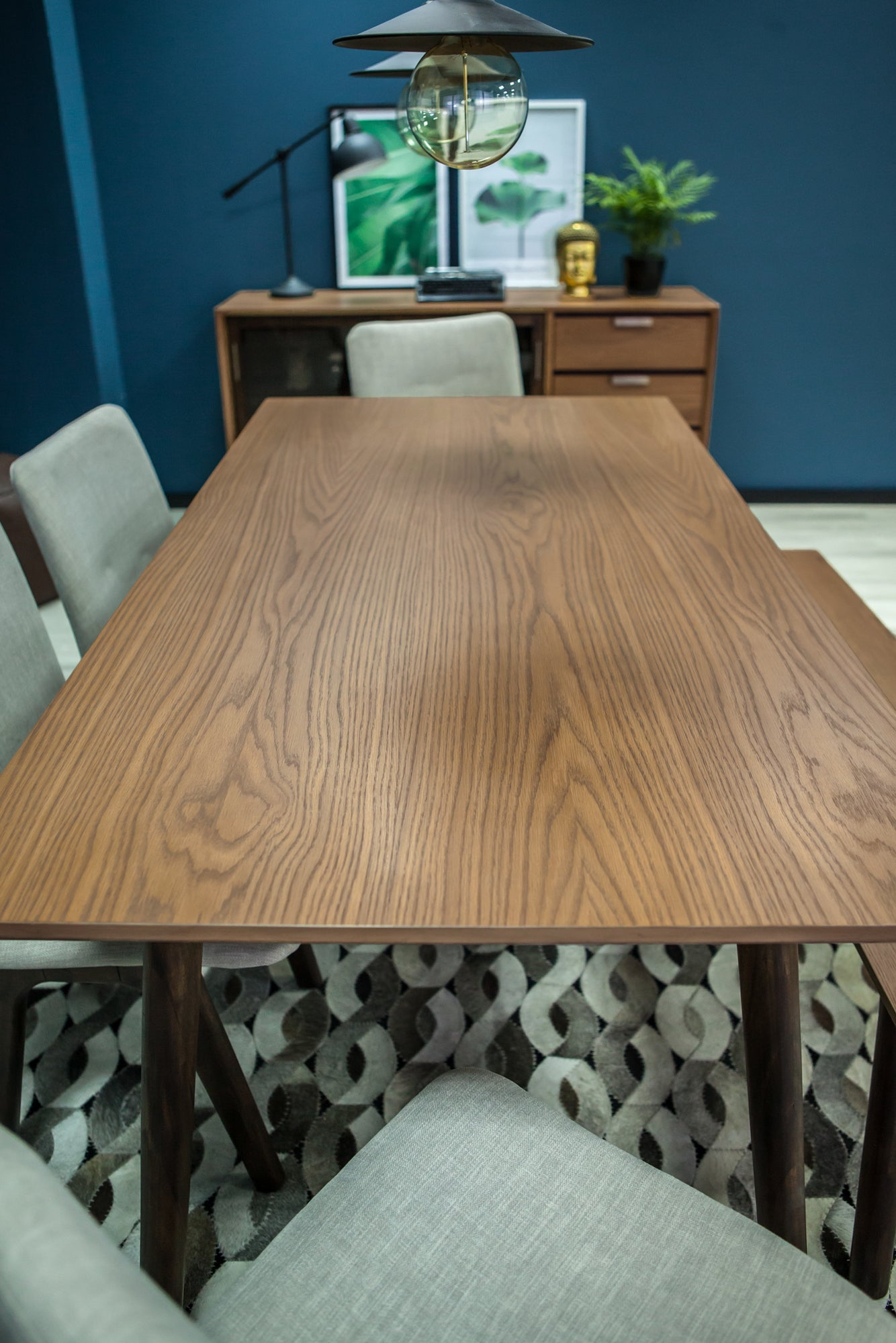 Mads Dining Table