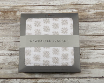 Traveler Dot Newcastle Blanket - Baby World Inc