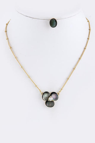 Black/Pearl Shell Stone Flower Necklace Set