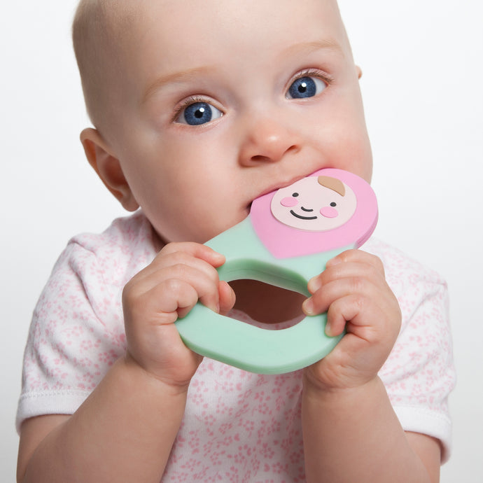 Teething symptoms and a guide to finding the perfect teether?