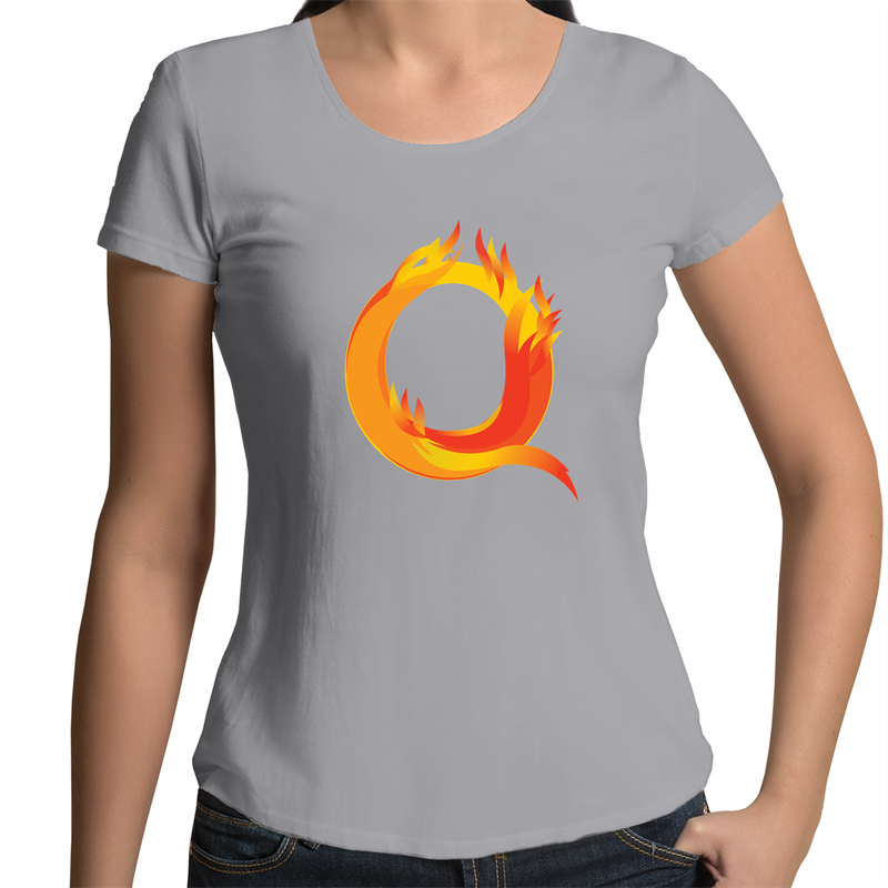 Scoop Neck T-Shirt - Q – Women's