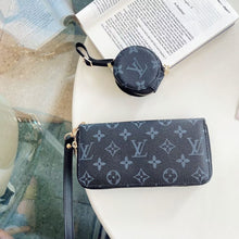 Load image into Gallery viewer, Louis Vuitton Gucci Burberry Wallet Bag Case For Iphone 12 Pro Max Mini & AirPods Pro
