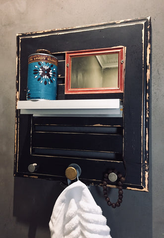 Decorative Bathroom Shelving Unit (2)
