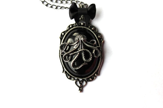 Octopus Bow Cameo Necklace