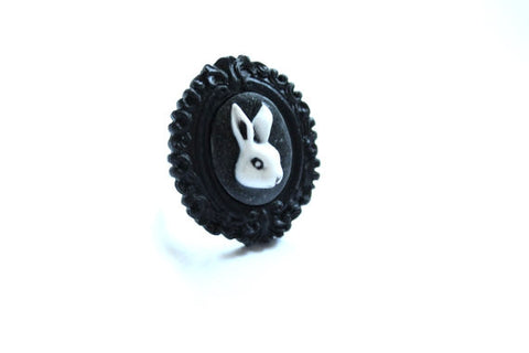 White Rabbit Cameo Extra Mini Baroque Ring