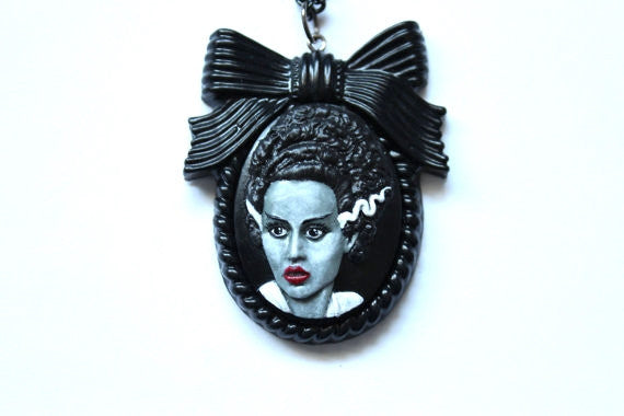 Bride of Frankenstein Cameo Large Bow Necklace - Grey