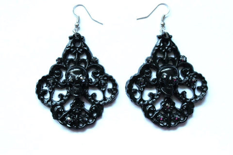 Skull Chandelier Earrings - Black Hematite