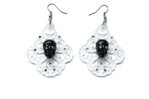 Skull Chandelier Earrings - Clear Frost