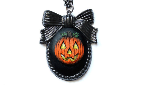 Jack O' Lantern Bow Cameo Necklace