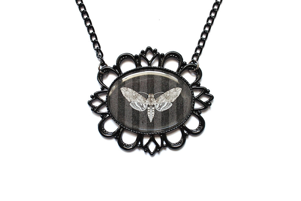 Moth Striped Necklace