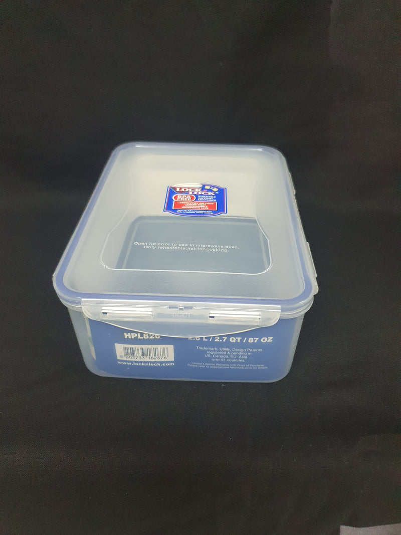 2.6L Lock & Lock Storage Container. HPL 826